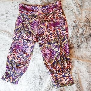 Onzie Cropped Aztec Workout Leggings